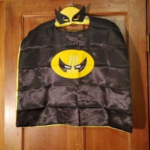 NEW Marvel's Wolverine Cape with Mask